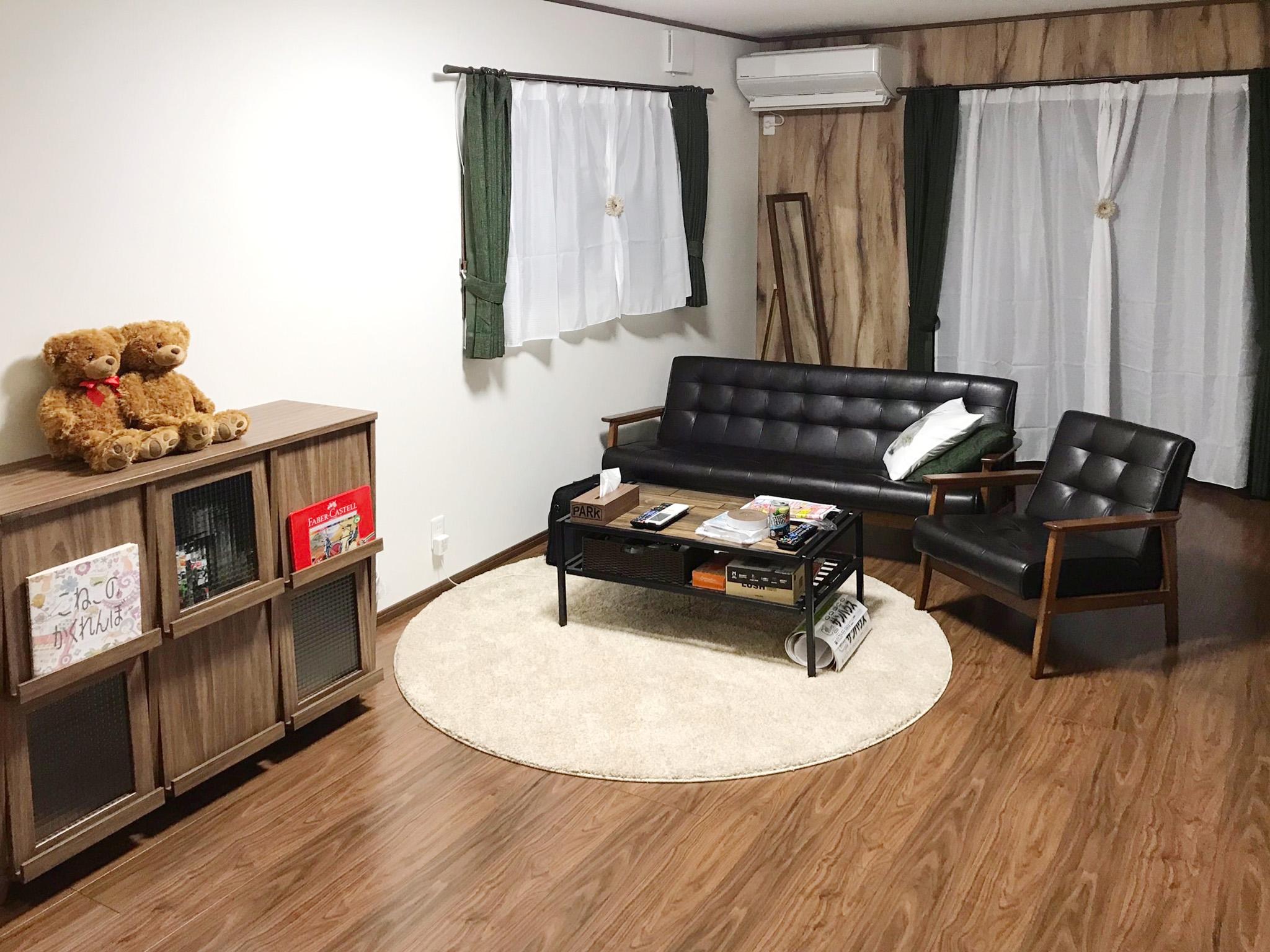 2階を増築して子供部屋に<br /> オリジナル家具の住まい。
